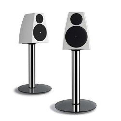 MERIDIAN-3200-pair-on-White_Altavoz_Suelo