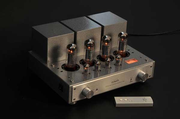 Amplificador integrado a válvulas Line Magnetic LM-211-IA