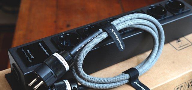 regleta-eléctrica-gigawatt-pf1e-con-cable-lc1-mk3