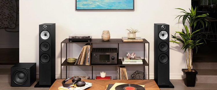 altavoces-bowers-wilkins-603-lifestyle-negro