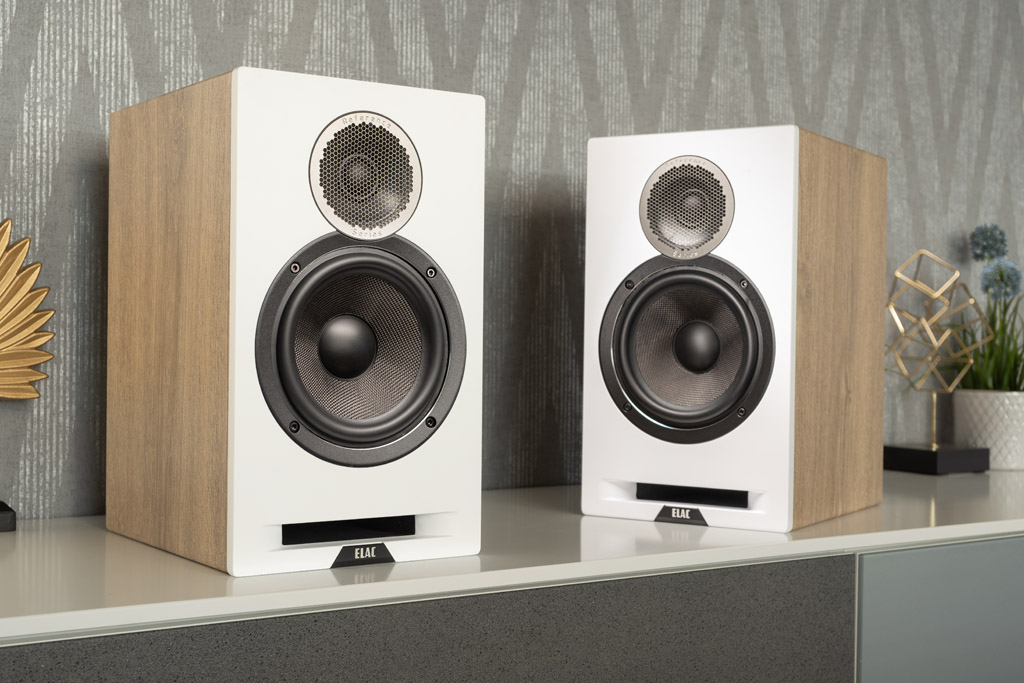 altavoces-.Elac-Debut-DBR6.2-oak-white